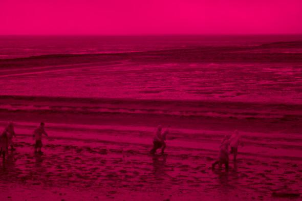 Петко Дурмана, дигитален печат от серията Бягащи хора, 2013 Petko Dourmana, digital print part of the series People Running, 2013